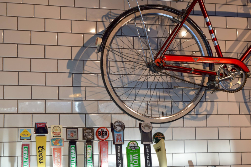 Velo Garage and Tap House